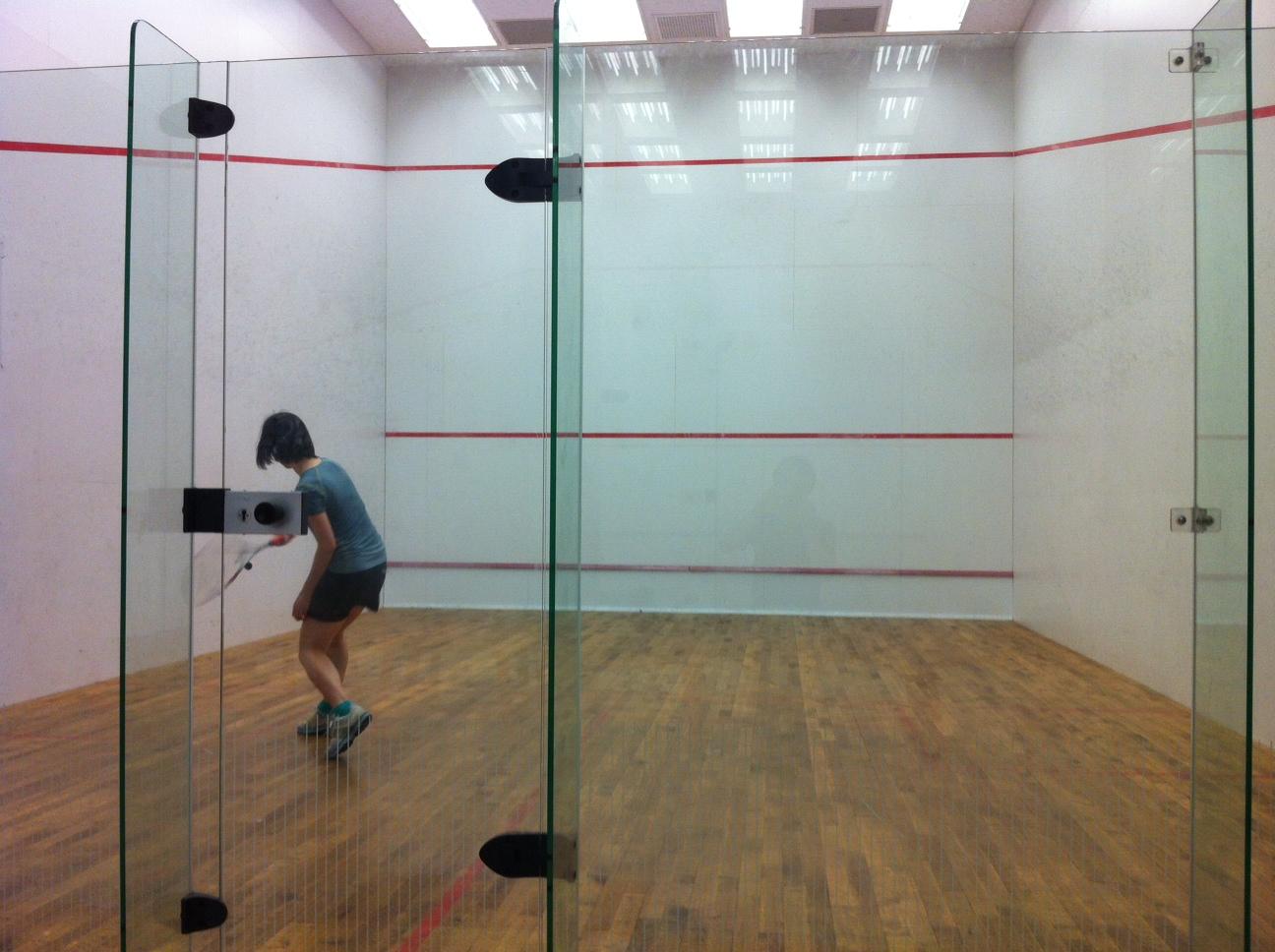 羽夢: Squash 壁球拍 入手!