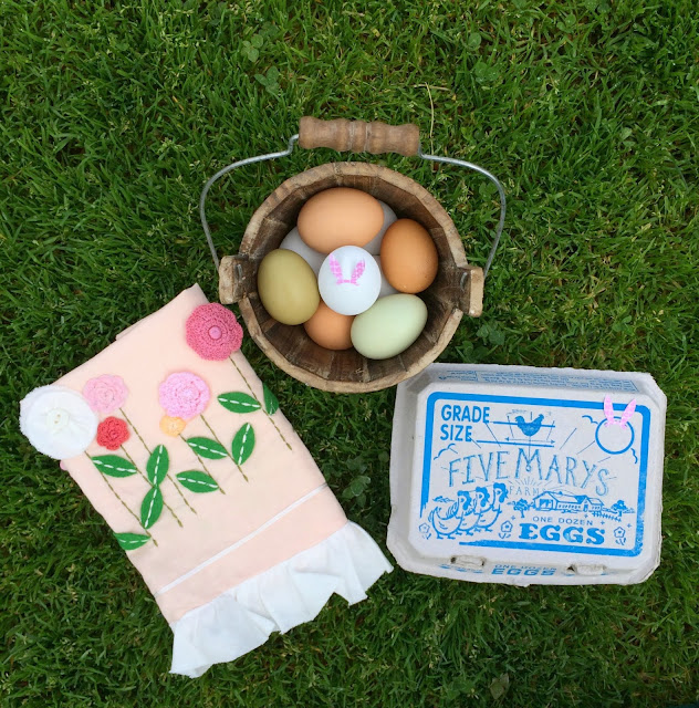 Farmer's Market Easter Eggs | www.jacolynmurphy.com