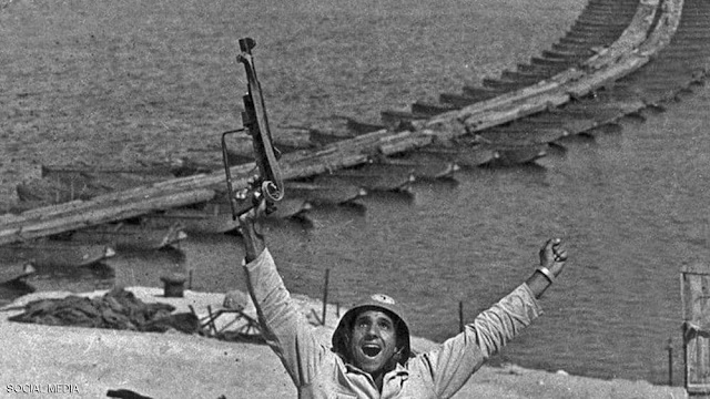 """وفاة صاحب """"أشهر صورة"""" في حرب مصر وسوريا ضد إسرائيل"""