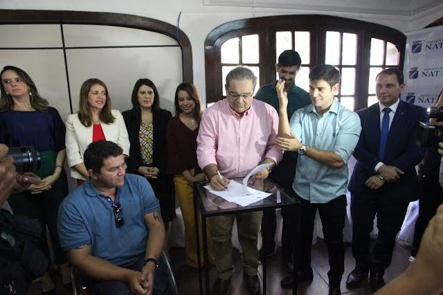 NATAL TERÁ CENTRAL DE LIBRAS