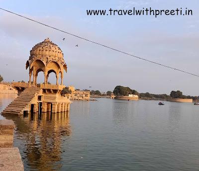 Gadisar Lake Jaisalmer - गड़ीसर झील जैसलमेर | Gadisar | जैसलमेर का दर्शनीय स्थल