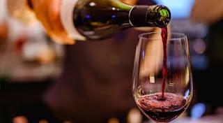 Mi történik a testeddel, amikor egy üveg bort iszol