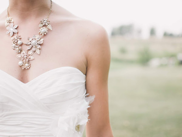 How to Accessorise on Your Wedding Day