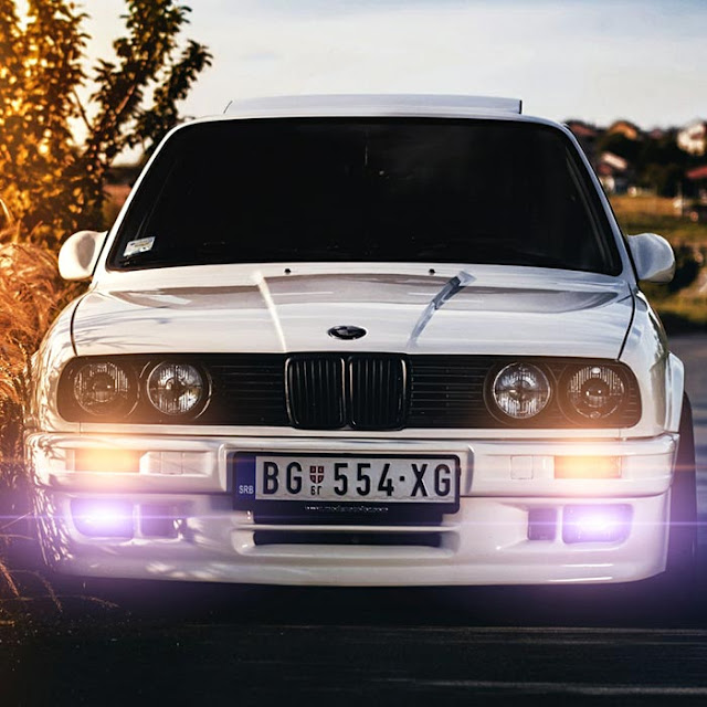 E30 Lights Wallpaper Engine