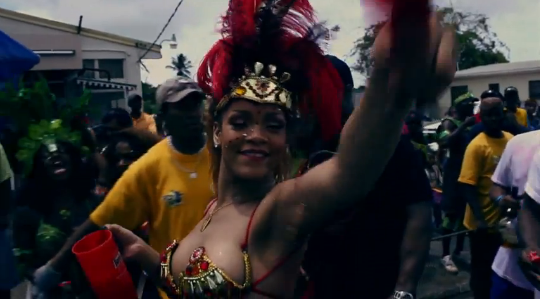 Rihanna - Cheers (Drink To That) Official Video