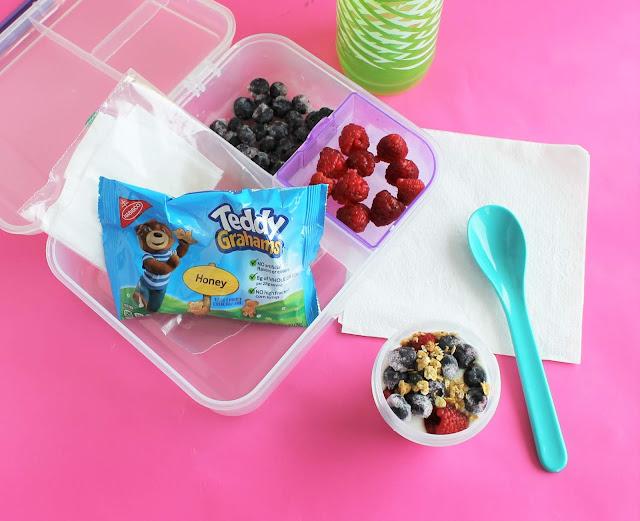 kids yogurt parfait