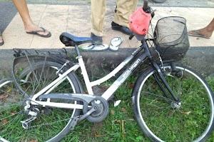 Ambulance tabrak pengendara sepeda gayung di KLU, korban meninggal