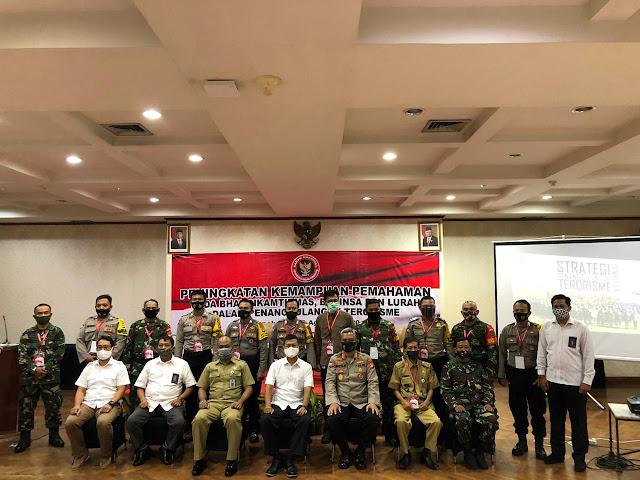 "Dir Binmas Polda Metro Jaya Jadi Narasumber di Seminar Bertema""KATPUAN BHABINKAMTIBMAS, BABINSA dan Lurah Terhadap Penanggulangan Terorisme di Depok"