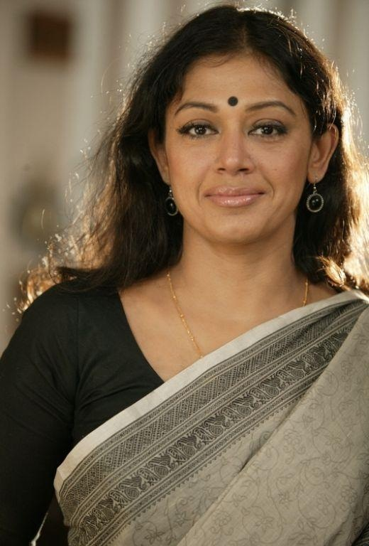 Shobana Family Contact Number Affairs Friends Latest Updates More Details Go Profile All Celeb Profiles Tollywood Bollywood Kollywood Hollywood Go Profiles My daughter mrutu, loves bharathanatyam but is scared of performing. shobana family contact number affairs