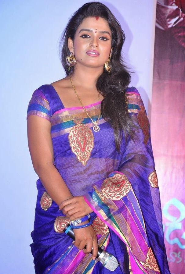 Telugu hot tv actress blogspot / Shining hearts episode 03 english