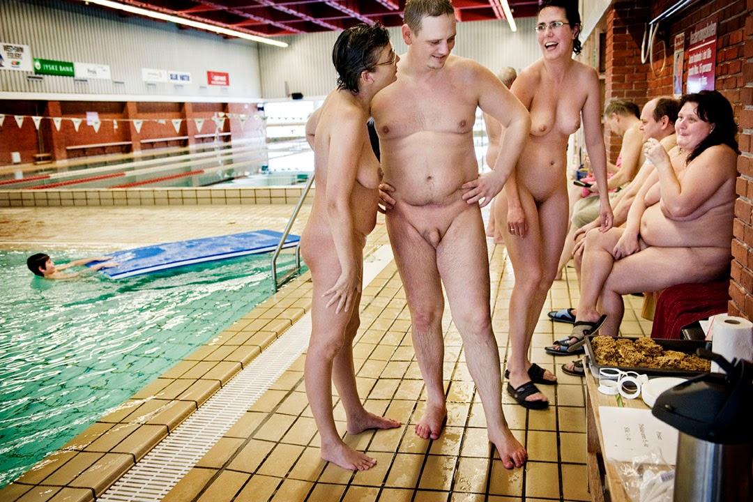 Swimmingpool orgy at czech mega swingers 6