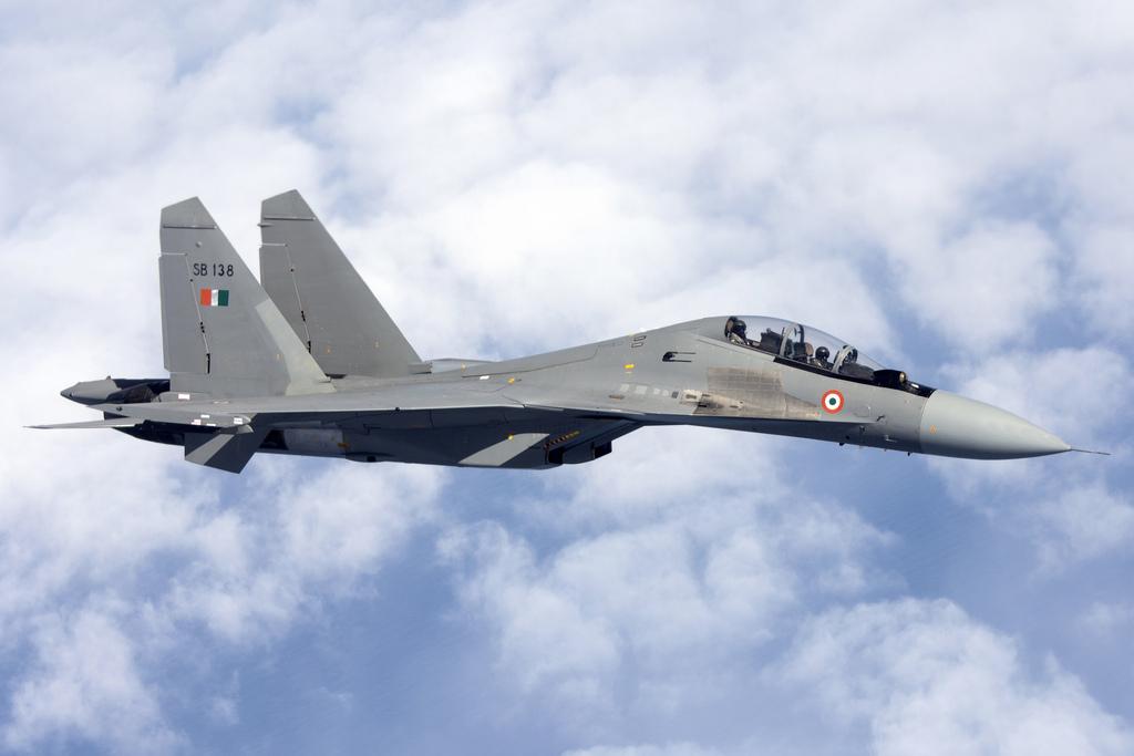 印最先進戰機在中印爭議領土上空失蹤 - 纽约文摘 - 纽约文摘