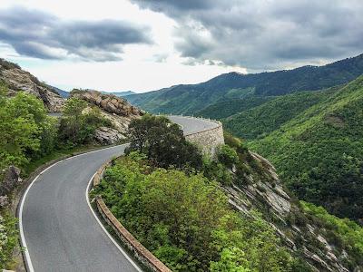 carbon road bike rental genoa genova la spezia cycling liguria italian riviera cinque terre cinqueterre