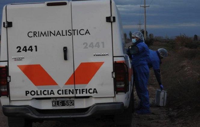 Mendoza: encontraron asesinada a una mujer dentro de un estanque