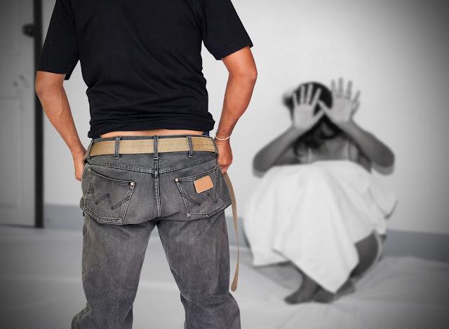 pemerkosaan dalam rumah tangga