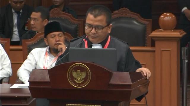 Tim Hukum 02 Sebut Jokowi Salahgunakan Kekuasaan