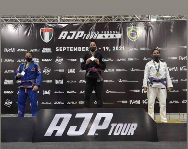Atleta caraubense é 3ª  colocada em campeonato de Jiu-jitsu em João Pessoa