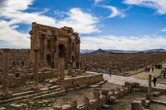 Timgad no deserto