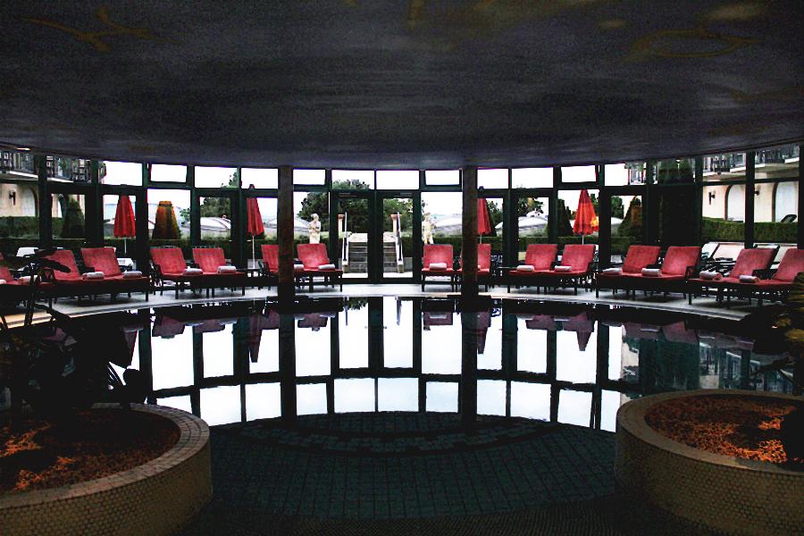 pool wellness schwimmen