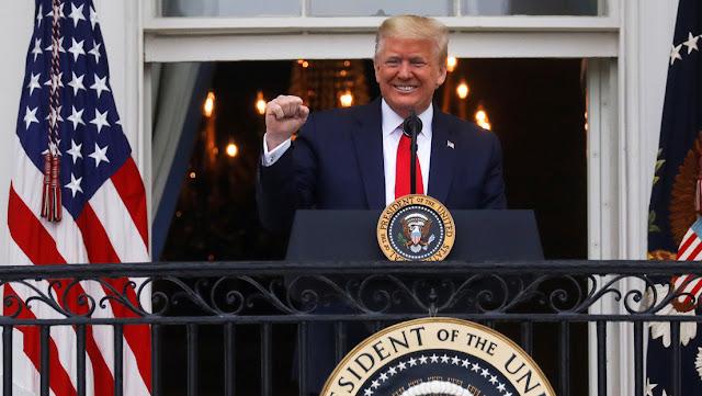 Donald Trump precisa a cuánto ascienden sus donaciones al Gobierno
