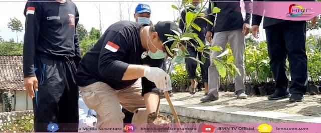 Wabup Rembang Lakukan Tanam Seribu Pohon