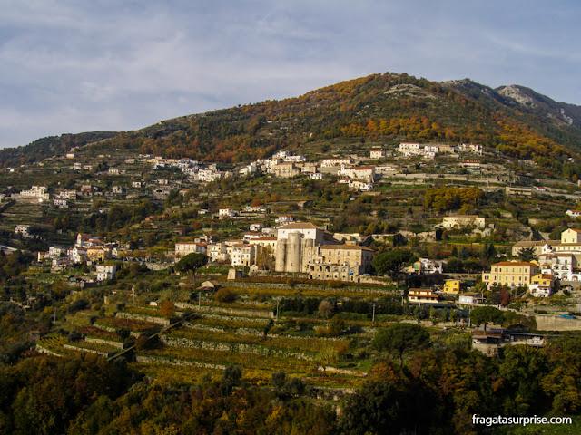 Estrada Costiera Amalfitana, chegada a Ravello