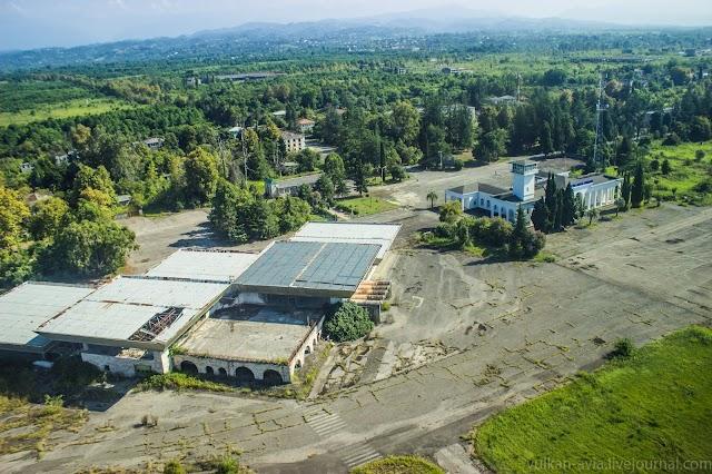Аэропорт Сухуми присоединили к ростовской воздушной зоне контроля