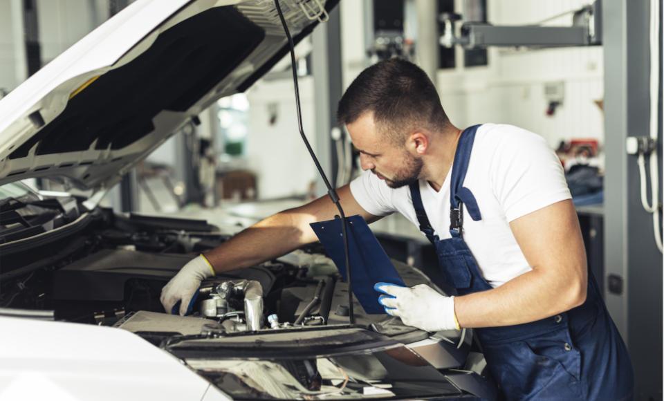 Tips Perawatan Mobil Tua Yang Benar dan Tepat