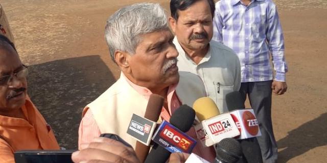 ऐसी की तैसी' गाली नहीं होती: BJP नेता प्रभात झा ने कहा | MP NEWS