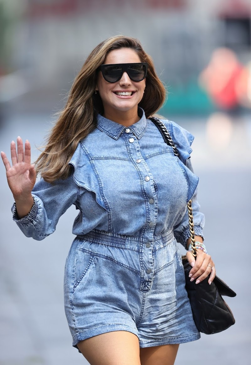 Kelly Brook Arrives at Heart Radio in London 12 Aug -2020