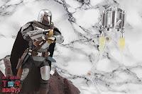 S.H. Figuarts The Mandalorian (Beskar Armor) 70