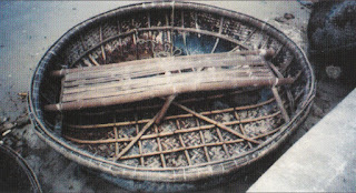 Coracle with both parallel/right-angle and radial frames