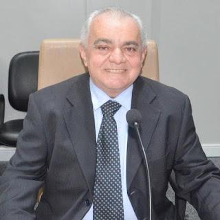 O vereador Josa da padaria pede ao prefeito de Guarabira instalação de Caixas D'água nas residências dos beneficiários do Bolsa Família