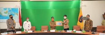 Wali Kota Tarakan Menerima Piagam Penghargaan WTP dari Kementerian Keuangan