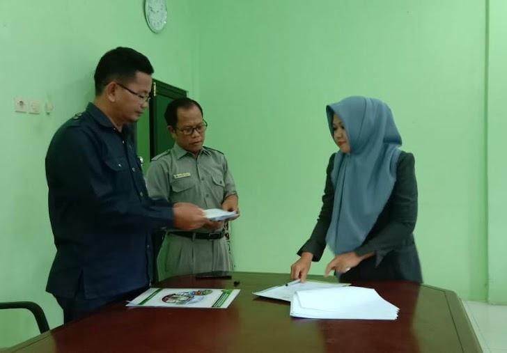 Kantor Kemenag Kab Sinjai Lakukan Penandatanganan Kontrak Kerja Kepada 16 Pegawai Tidak Tetap (PTT)