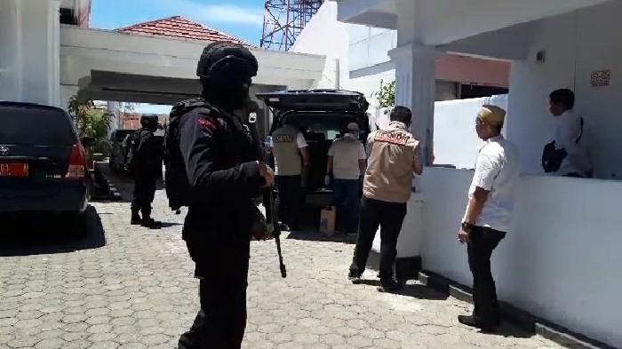 Rujab Wabup Bone Digeledah Polisi, Terkait Kasus PAUD?