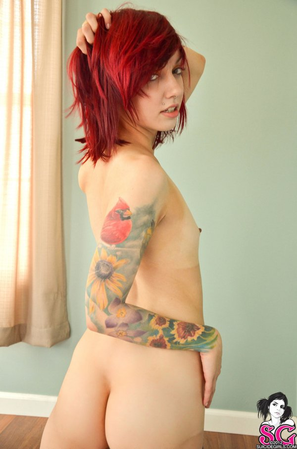 model abg betato toke cilik lagi pose seksi telanjang pamer memek. Gambar bokep cewek bule memek jembut tipis payudara cilik hidung ditindik