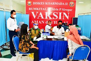 TNI AL Koarmada II Gelar Serbuan Vaksin Sasar KBT Jalasenastri dan Masyarakat