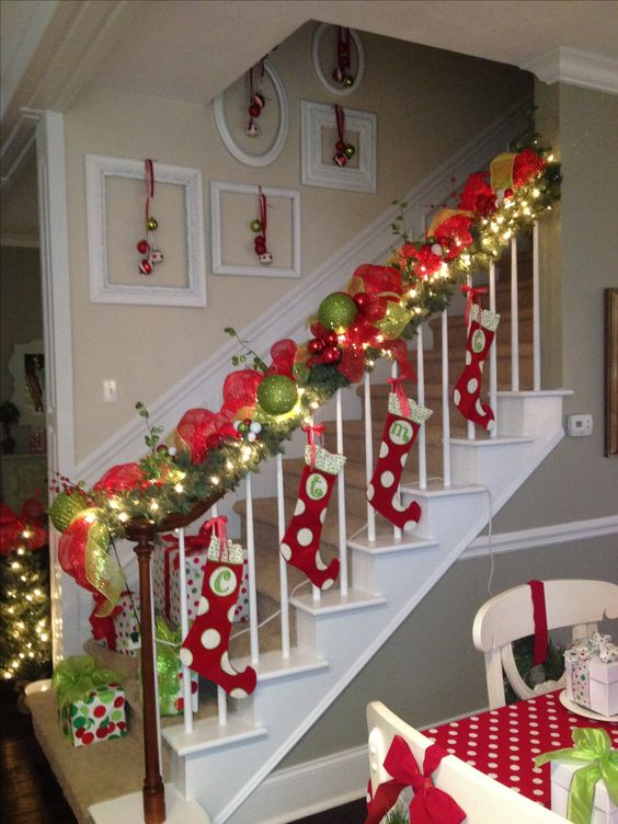 Christmas%2Bparty%2Bdecorations%2BDIY%2BIdeas%2B%25288%2529 - 10 Christmas party decorations DIY Ideas