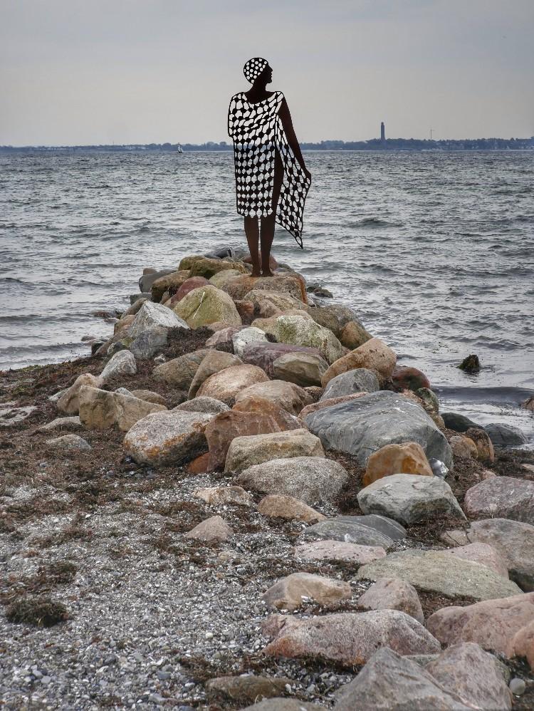Kiel Olymiazentrum, Strande, Figur