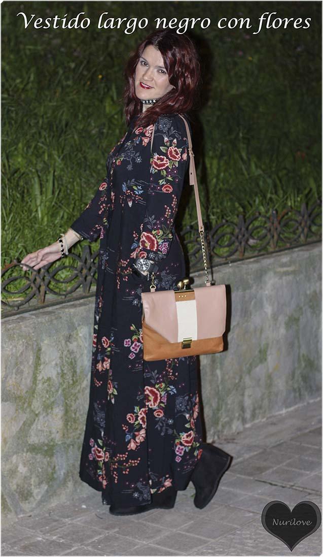 vestido largo con un estampado de flores tendencia total