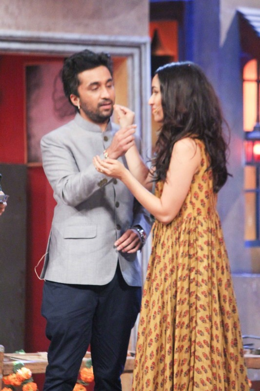 Shraddha Kapoor Ties Rakhi to Siddhant on The Drama Company Set