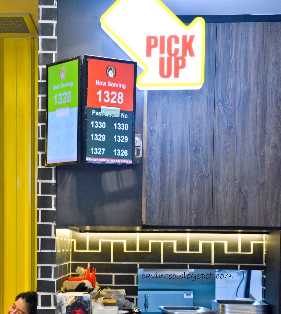 Entree Kibbles: Jinjja Chicken - A Korean Fast Food Restaurant