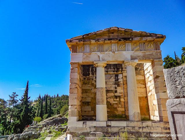 Tesouro dos Atenienses no Santuário de Delfos, Grécia