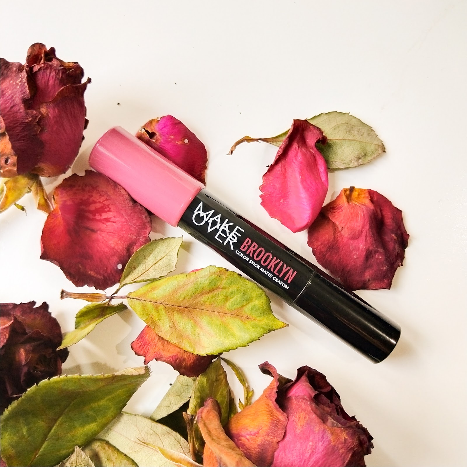 Swatch dan Review Make Over Color Stick Matte Crayon Brooklyn