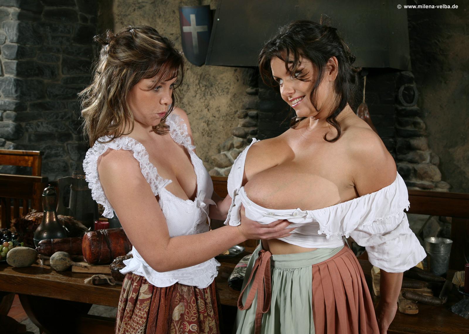 Nude lesbian porn videos