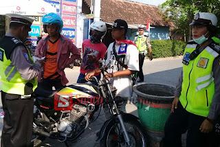Kendaraan Suporter Persibo Yang Melanggar, Tetap Ditindak Polisi