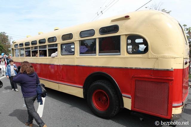 парад ретро автобусов 2016