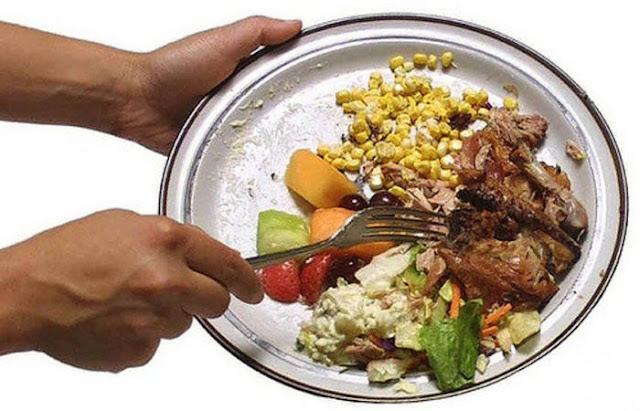 Jangan Suka Buang Makanan Sisa, Allah Sangat Membenci, Ini Azabnya
