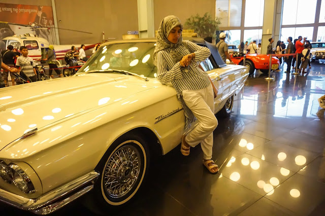 Hall Utama koleksi mobil antik Museum Angkut